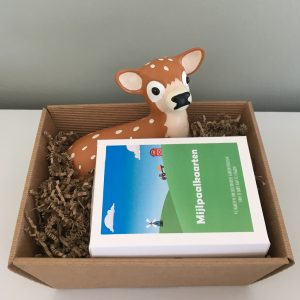 Baby geschenk set Spaarpot hert, Little green planet mijlpaalkaarten