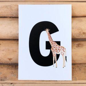 Letterkaartje G van Giraf. Stel je eigen naamslinger, woordslinger, geboorteslinger of verjaardagsslinger samen met deze dieren letterkaarten.